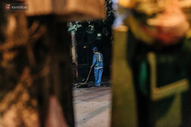 Sự ra đi của nữ công nhân môi trường và nỗi ám ảnh người ở lại: Những phận đời phu rác bám đường phố Hà Nội mưu sinh - Ảnh 19.