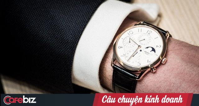 Hai ông lớn ngành trang sức và bán lẻ điện tử đang chạy đua chiếm lĩnh thị trường đồng hồ ra sao ? - Ảnh 1.