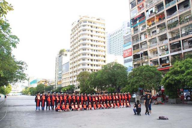 Khung cảnh yên ả ở Sài Gòn ngày đầu kỳ nghỉ lễ 30/4 và 1/5 - Ảnh 11.