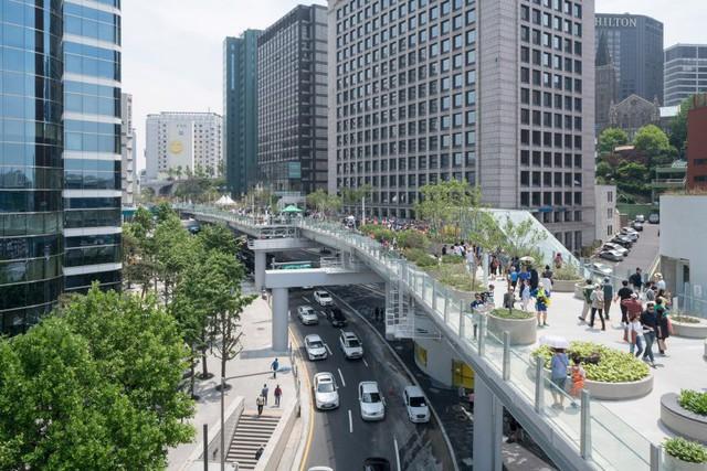 Hàng loạt thành phố lớn trên thế giới đang thực hiện những bước đi táo bạo để cấm ô tô - Ảnh 3.