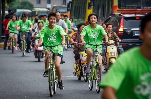 Hàng loạt thành phố lớn trên thế giới đang thực hiện những bước đi táo bạo để cấm ô tô - Ảnh 5.