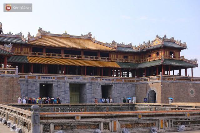 Clip: Diện mạo mới của cổng Ngọ Môn ở Đại Nội Huế sau khi được lột bỏ bụi thời gian - Ảnh 13.