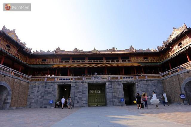 Clip: Diện mạo mới của cổng Ngọ Môn ở Đại Nội Huế sau khi được lột bỏ bụi thời gian - Ảnh 5.