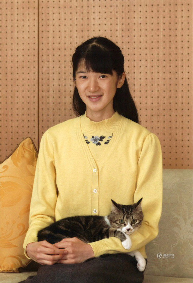 Công chúa Aiko - con gái duy nhất của Thái tử Naruhito: Từ đứa bé xinh xắn từng bị bắt nạt đến thiếu nữ tài giỏi sống tự lập - Ảnh 12.