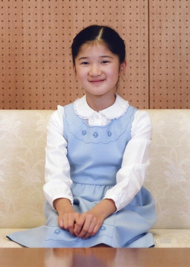 Công chúa Aiko - con gái duy nhất của Thái tử Naruhito: Từ đứa bé xinh xắn từng bị bắt nạt đến thiếu nữ tài giỏi sống tự lập - Ảnh 6.