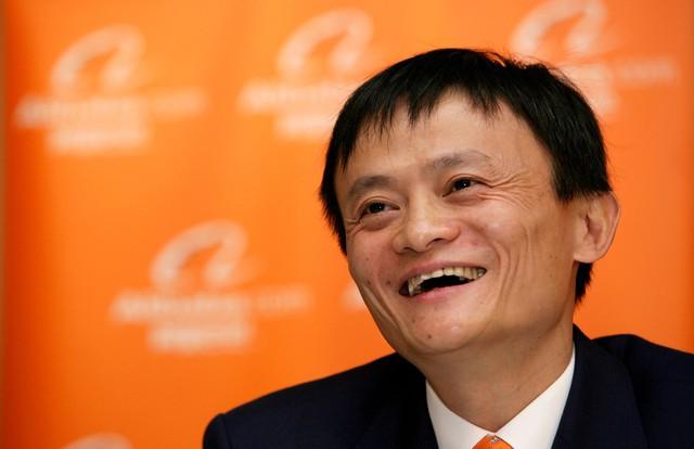 Vợ Jack Ma lần đầu tiết lộ tuyệt chiêu trở thành phu nhân tỷ phú: Hãy yêu và cưới một người đàn ông trắng tay - Ảnh 2.