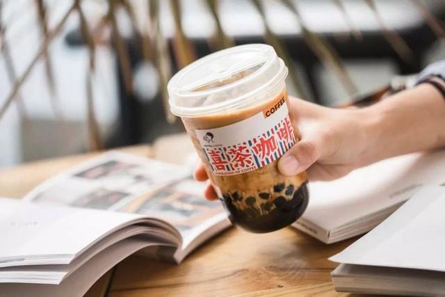 Chàng trai 27 tuổi lọt top Forbes Under 30 nhờ khiến giới trẻ 'phát cuồng' vì kem cheese, từ trà sữa đến cà phê đều phải có thứ topping 'thần thánh' này - Ảnh 2.