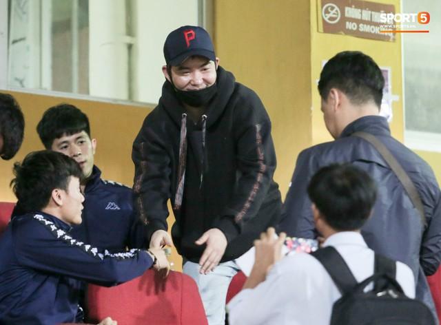Con trai HLV Park Hang-seo sang Việt Nam và tiết lộ những áp lực không tưởng ở Hàn Quốc - Ảnh 2.