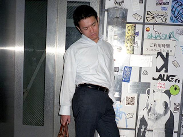 Chùm ảnh cho thấy văn hóa làm việc khắc nghiệt nhất thế giới của Nhật Bản - Ảnh 51.
