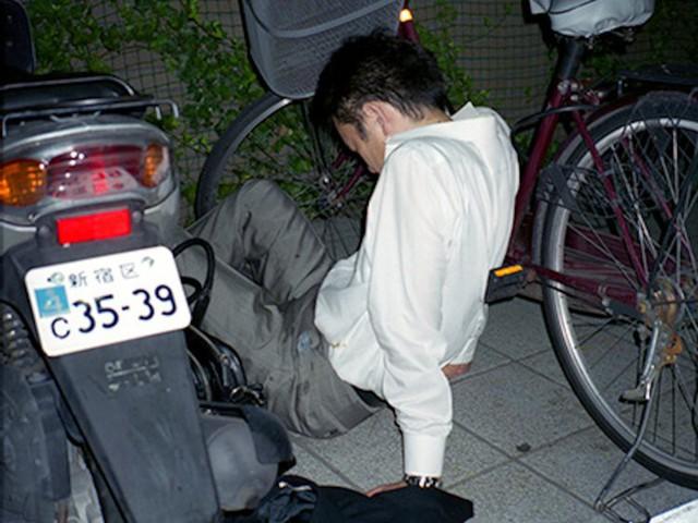 Chùm ảnh cho thấy văn hóa làm việc khắc nghiệt nhất thế giới của Nhật Bản - Ảnh 36.