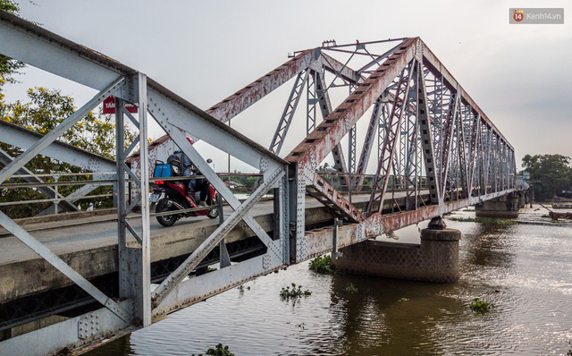 Ngắm cây cầu bằng thép Eiffel hơn 100 tuổi ở Sài Gòn trước ngày khai tử, kinh phí tháo dỡ tốn 14,8 tỷ đồng - Ảnh 2.