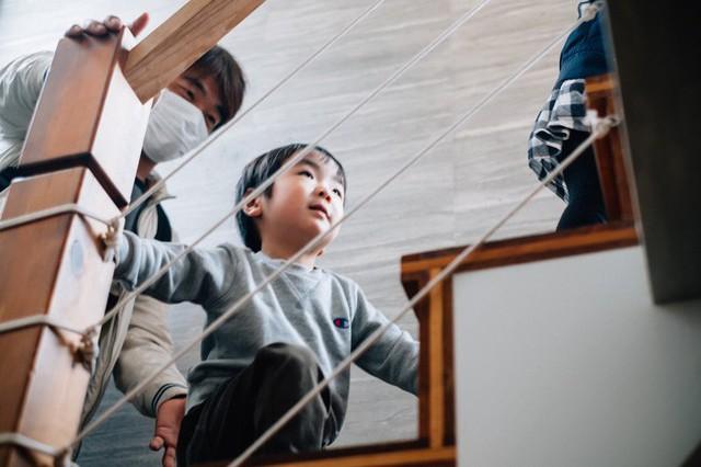 Bộ ảnh em bé Nhật Bản đáng yêu làm tan chảy người xem, thế nhưng lại ẩn chứa câu chuyện cảm động đầy nước mắt đằng sau - Ảnh 3.