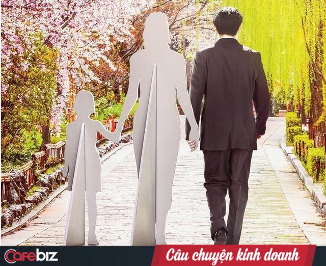 """Dịch vụ """"thuê gia đình"""" tại Nhật Bản: Thuê vợ đẹp để khoe đồng nghiệp, thuê chồng tốt để họp phụ huynh, và thuê cả cha mẹ để dự đám cưới … - Ảnh 4."""