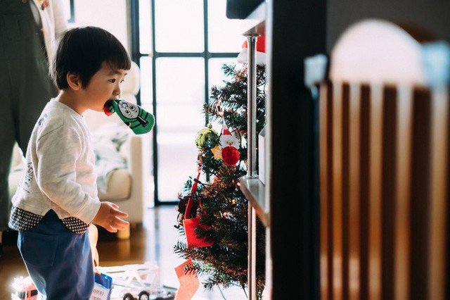 Bộ ảnh em bé Nhật Bản đáng yêu làm tan chảy người xem, thế nhưng lại ẩn chứa câu chuyện cảm động đầy nước mắt đằng sau - Ảnh 8.