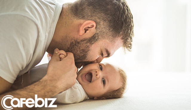 Càng lớn, chúng ta càng tiết kiệm nói lời yêu với bố mẹ: Ngày 8/3 cũng chỉ vỏn vẹn một dòng Chúc mẹ ngày quốc tế phụ nữ vui vẻ... - Ảnh 2.