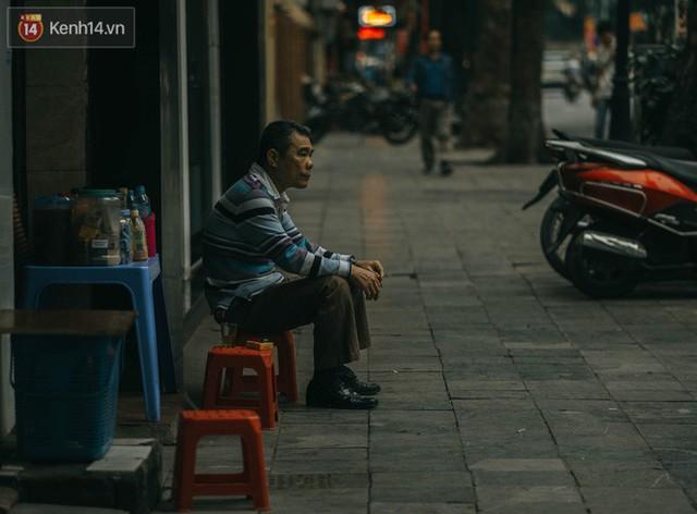 Chiều chiều đảo vài vòng giữa phố xá Hà Nội mà ngỡ như cuối Đông - Tết sắp về - Ảnh 22.
