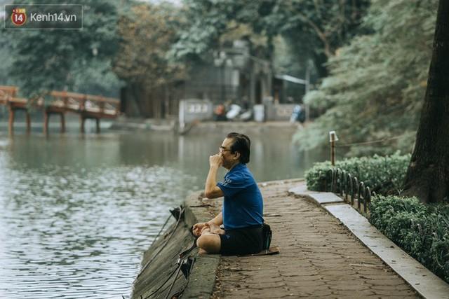 Chiều chiều đảo vài vòng giữa phố xá Hà Nội mà ngỡ như cuối Đông - Tết sắp về - Ảnh 5.