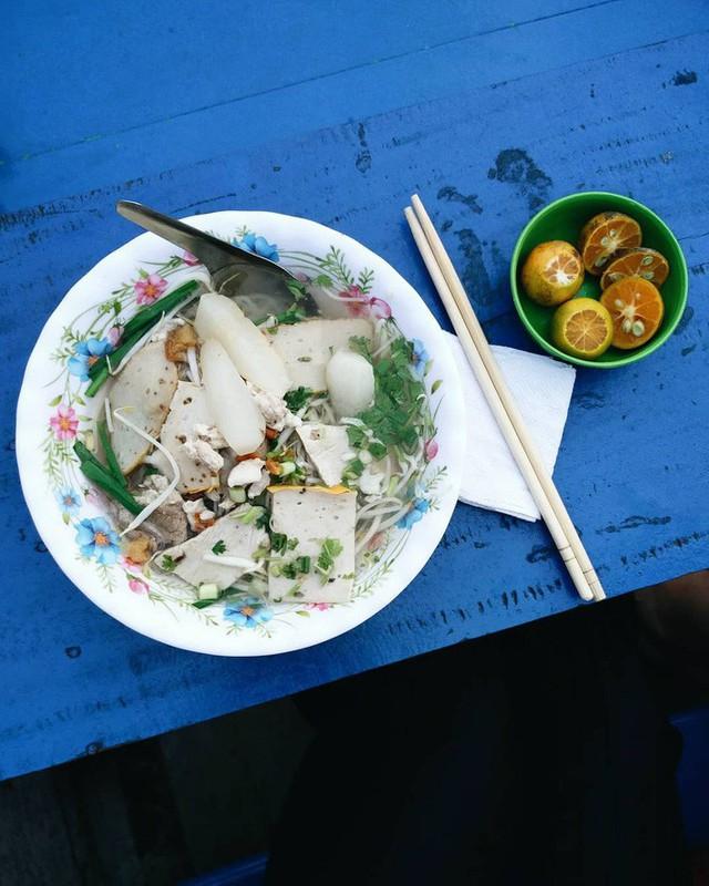 Liên tục được đầu bếp nổi tiếng Mỹ, Hàn Quốc ca ngợi, thì ra đây là những bí mật của hủ tiếu chợ nổi Cái Răng - Ảnh 4.