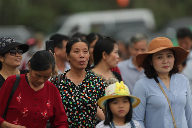 Hàng vạn người dân nườm nượp về Tam Chúc dự Đại lễ Phật đản 2019 - Ảnh 8.
