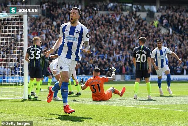 Pep Guardiola sợ đến thót tim, Man City vượt qua Liverpool đăng quang đầy kịch tính - Ảnh 1.