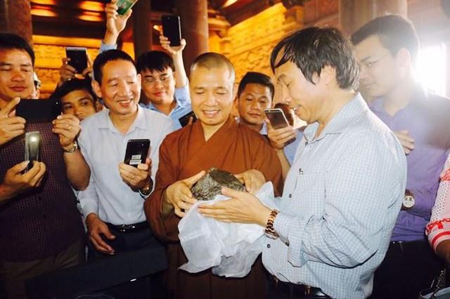 Chùa Tam Chúc, nơi đang diễn ra Đại lễ Phật đản 2019 lớn thế nào? - Ảnh 7.