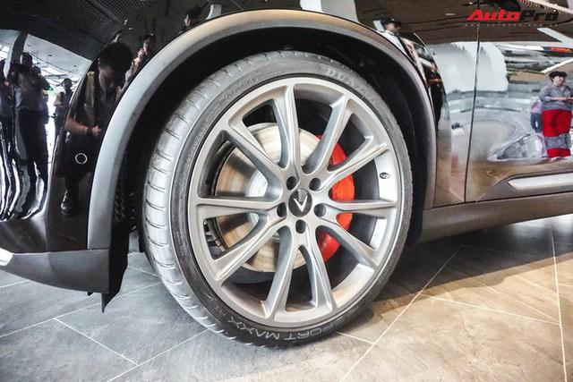 Khám phá chi tiết Lux V8 tại Hải Phòng - SUV mạnh nhất của VinFast không phải ai cũng mua được - Ảnh 7.