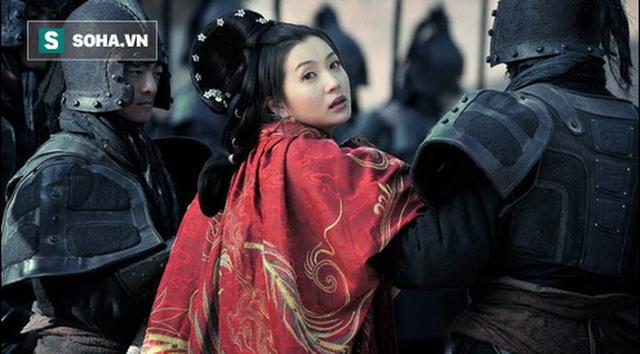 Kết cục ít người biết đến của vợ con Lữ Bố sau thất bại ở Hạ Bì: Không bằng một con ngựa - Ảnh 7.