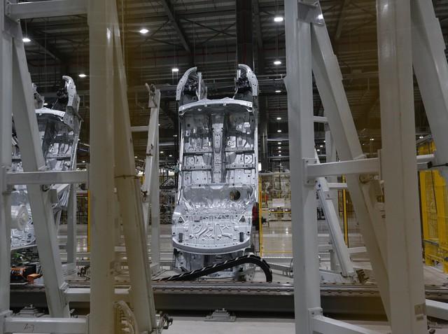 vinfast - bu8a7562 15579628919311838048010 crop 15579634892491552318208 - Hé lộ hình ảnh bên trong nhà máy sản xuất ô tô sắp khánh thành của VinFast