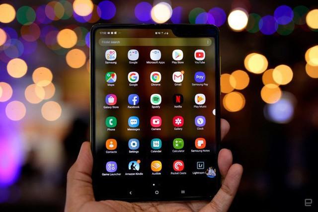 Đây là cách Samsung dùng để sửa vấn đề của Galaxy Fold - Ảnh 1.