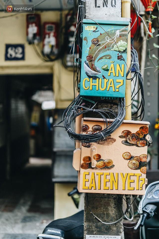 Ngộ nghĩnh và đáng yêu với những bức tranh được vẽ lên các hộp điện cũ kỹ ở phố cổ Hà Nội, tác giả là một gương mặt lạ mà quen - Ảnh 21.