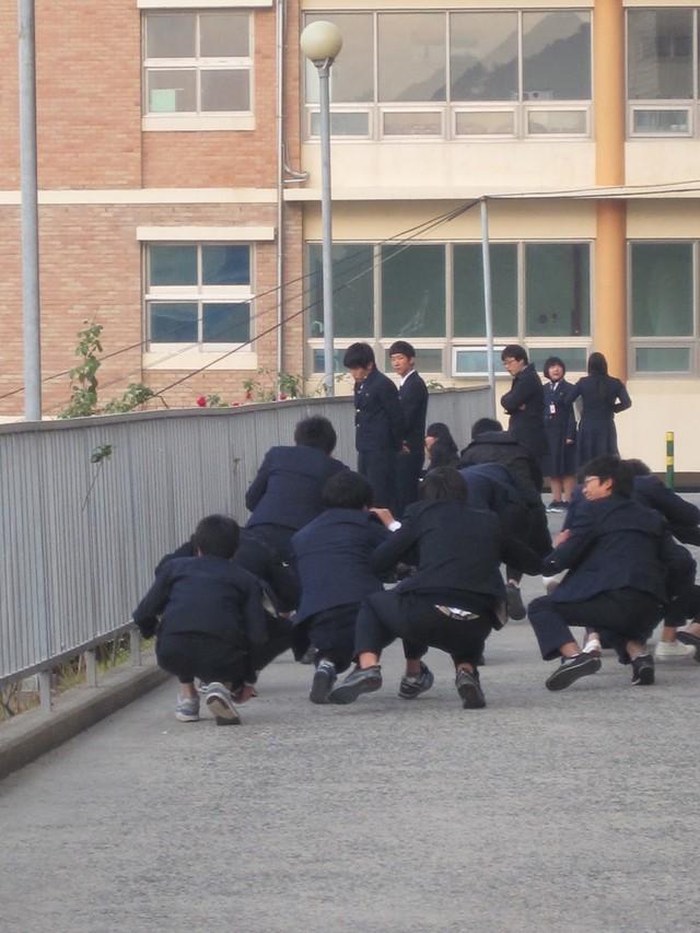 Hàn Quốc: Thầy đánh trò từng là phương pháp giáo dục hợp lý, đổi luật vì vụ bạo hành nghiêm trọng nhưng vẫn gây tranh cãi - Ảnh 4.