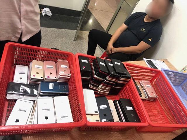 Phi vụ buôn lậu khủng: 2.500 smartphone từ Trung Quốc vào Việt Nam - Ảnh 4.