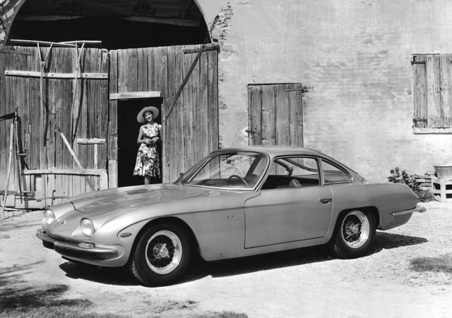 [Chuyện thương hiệu] Lamborghini: Từ hãng máy kéo thành huyền thoại siêu xe nhờ lời chế giễu của Ferrari - Ảnh 1.