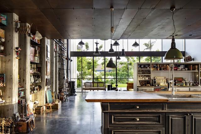 [Ảnh] Ngôi nhà mang phong cách viện bảo tàng, lưu giữ hàng nghìn kỷ vật - Ảnh 6.