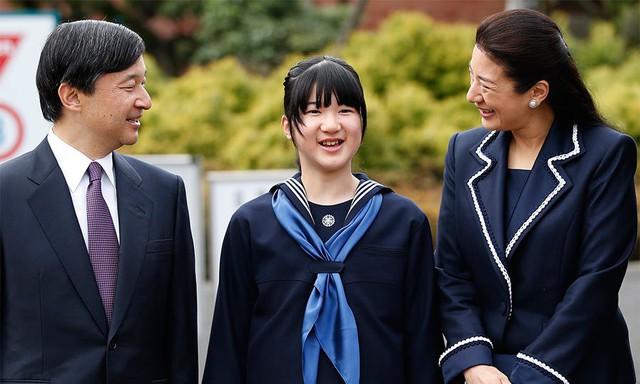 Tân Nhật hoàng Naruhito và vương phi u sầu Masako: Mối tình sét đánh, 6 năm theo đuổi, 3 lần cầu hôn và lời hứa bảo vệ em đến trọn đời - Ảnh 23.