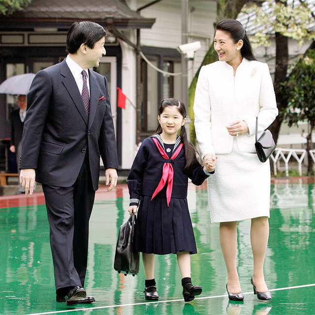 Tân Nhật hoàng Naruhito và vương phi u sầu Masako: Mối tình sét đánh, 6 năm theo đuổi, 3 lần cầu hôn và lời hứa bảo vệ em đến trọn đời - Ảnh 28.