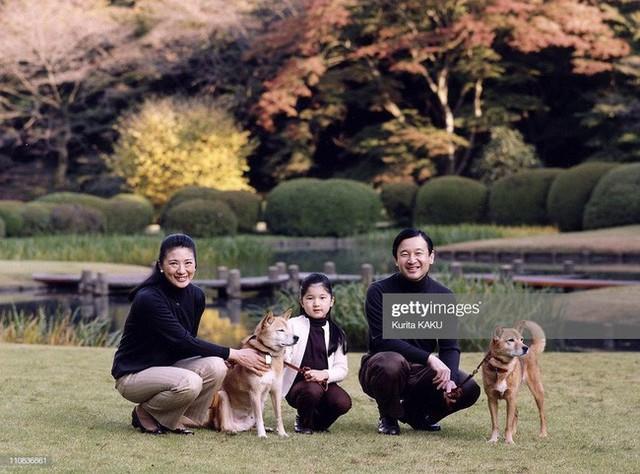 Tân Nhật hoàng Naruhito và vương phi u sầu Masako: Mối tình sét đánh, 6 năm theo đuổi, 3 lần cầu hôn và lời hứa bảo vệ em đến trọn đời - Ảnh 32.