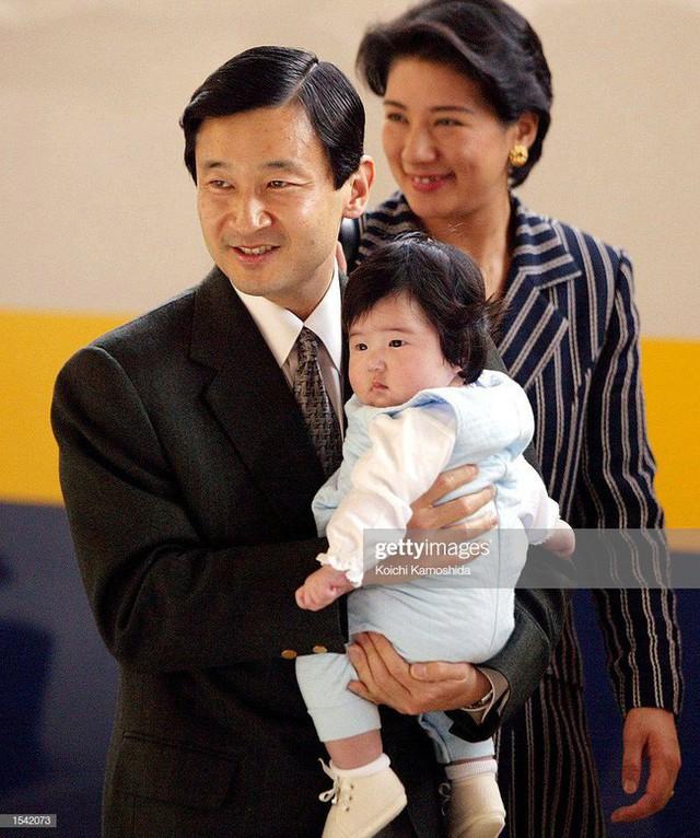 Tân Nhật hoàng Naruhito và vương phi u sầu Masako: Mối tình sét đánh, 6 năm theo đuổi, 3 lần cầu hôn và lời hứa bảo vệ em đến trọn đời - Ảnh 33.