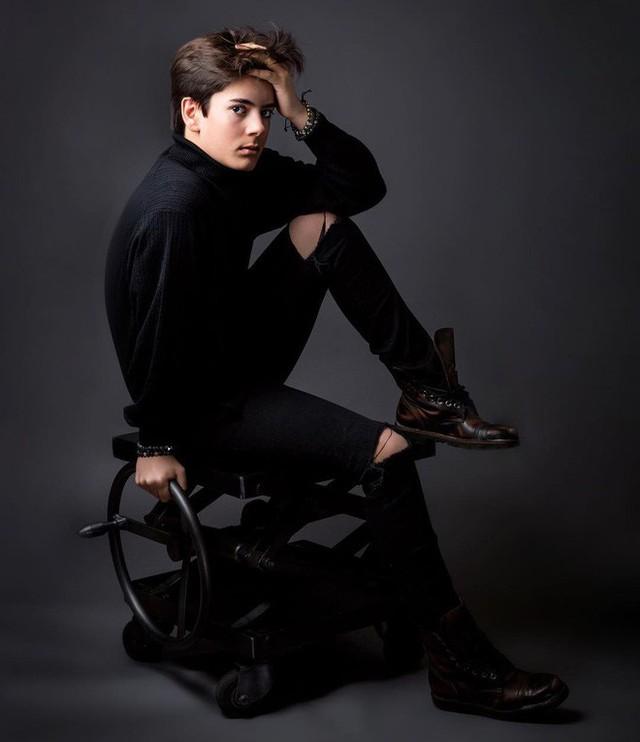 CEO trẻ nhất nước Anh: Sinh năm 2005, sở hữu combo đẹp trai và tài năng khiến người khác ngưỡng mộ hết nấc - Ảnh 12.