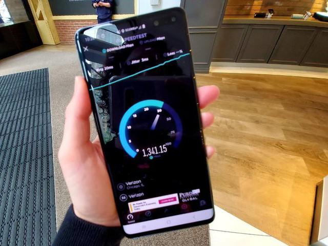 Thử nghiệm thực tế tốc độ mạng 5G tại Mỹ: Download 10 tiếng phim 4K chỉ trong 5 phút! - Ảnh 2.