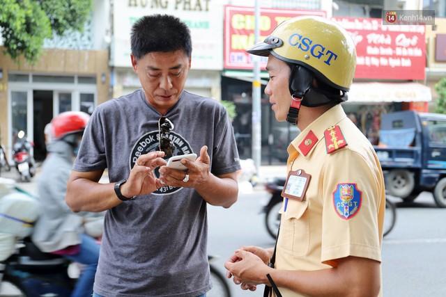 Chuyện người chiến sỹ CSGT được anh em tài xế Sài Gòn gọi bằng cái tên thân mật: Anh Đạt kích bình, cứ gọi là có - Ảnh 5.