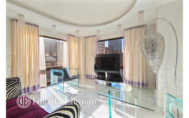 Soi căn hộ xa hoa đầy bí ẩn trị giá 1,5 triệu USD của Đệ nhất phu nhân Mỹ Melania Trump - Ảnh 7.