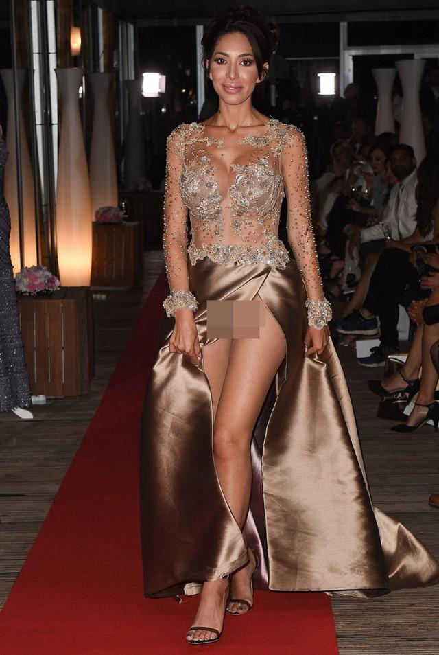 Nhìn lại tuyển tập trang phục trắc nết nhất Cannes, cuối cùng cũng tìm ra đối thủ xứng tầm với Ngọc Trinh - Ảnh 13.