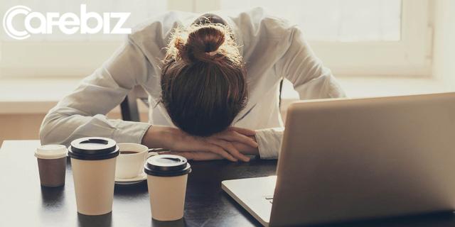 Sau những ngày tháng mệt mỏi với công việc, tôi nhận ra rằng một giấc ngủ trưa đơn giản lại là một liều thuốc vô giá cho mình - Ảnh 1.
