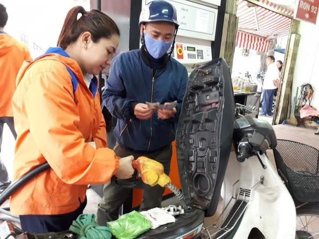 Sự thật về giá xăng: Giá ở Việt Nam tăng thấp hơn thế giới - Ảnh 1.