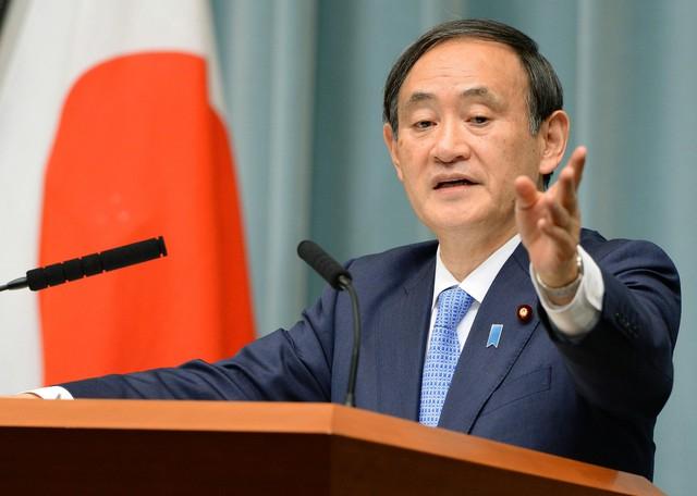 Yoshihide Suga: Từ con của người trồng dâu tây đến người có tầm ảnh hưởng tại chính trường Nhật Bản, ứng viên kế nhiệm thủ tướng Abe - Ảnh 3.