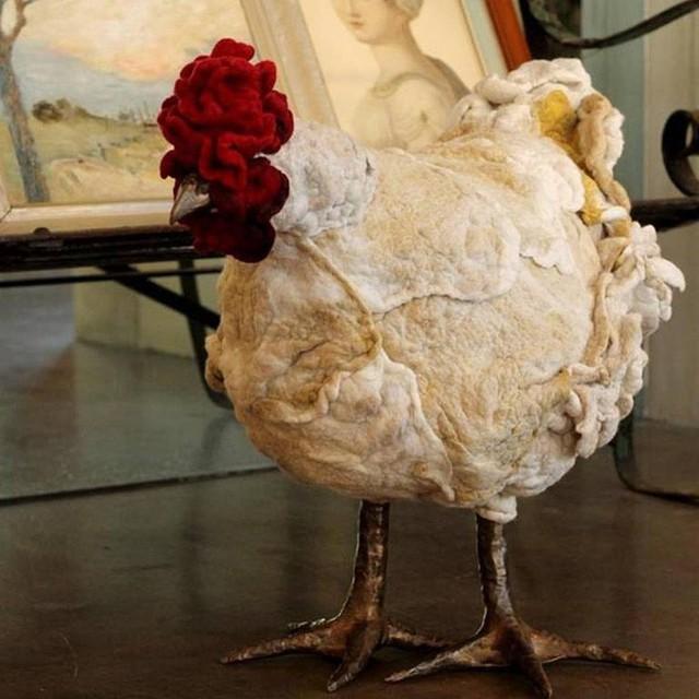 Người Mỹ đang chi cả nghìn USD mua gà về gác chân nhưng PETA không ý kiến gì - Ảnh 3.