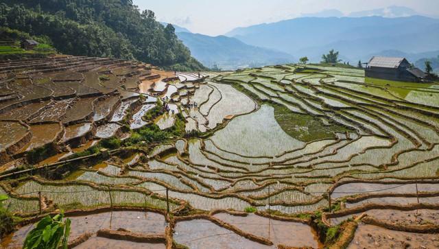 Bộ ảnh ghi trọn cảnh thần tiên đẹp đến nao lòng trên đỉnh Ky Quan San: Thu vào tầm mắt muôn trùng nước non chính là đây! - Ảnh 2.