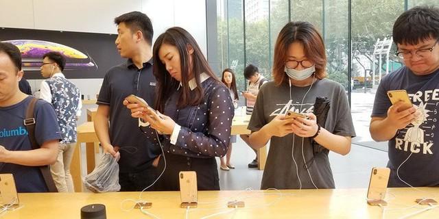 Dùng iPhone tại Trung Quốc giờ đây là việc làm đáng xấu hổ - Ảnh 1.