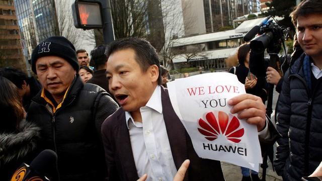 Dùng iPhone tại Trung Quốc giờ đây là việc làm đáng xấu hổ - Ảnh 2.